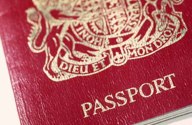 New passport rule for Brits flying to US could ruin your holiday plans