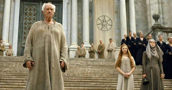 Jonathan Pryce doesn't seem to have changed out of his Game Of Thrones costume