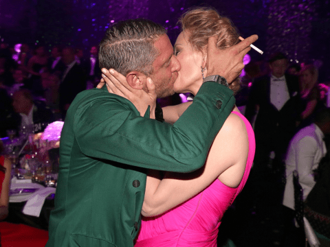 Uma Thurman 'violated' by AMFAR kiss