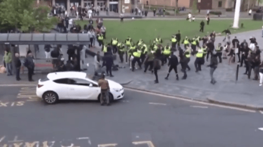There were violent scenenes after the Luton carnival