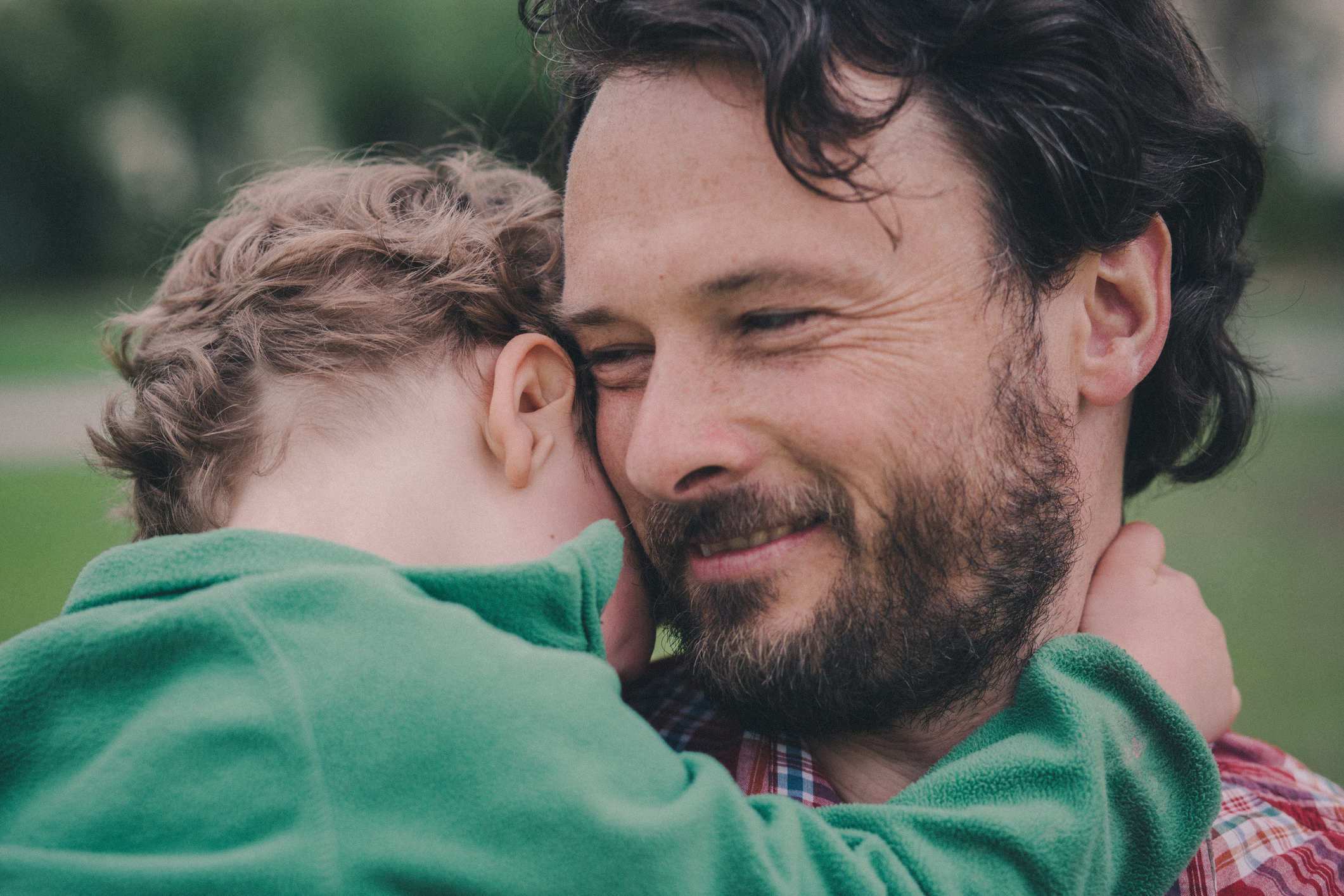 14 things dads do that drive us mad (but we love them anyway)