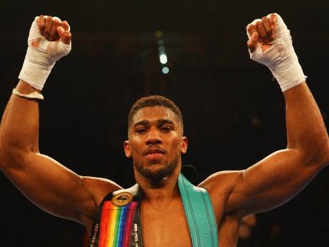 'Real' heavyweight champion Anthony Joshua would destroy pretender Tyson Fury, says Barry Hearn