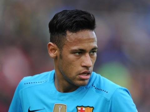 Barcelona's Neymar unsettled by Manchester United transfer interest