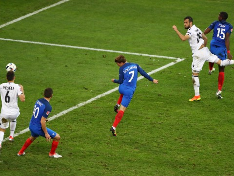 France 2-0 Albania: Antoine Griezmann and Dimitri Payet strike late to spare Olivier Giroud's blushes