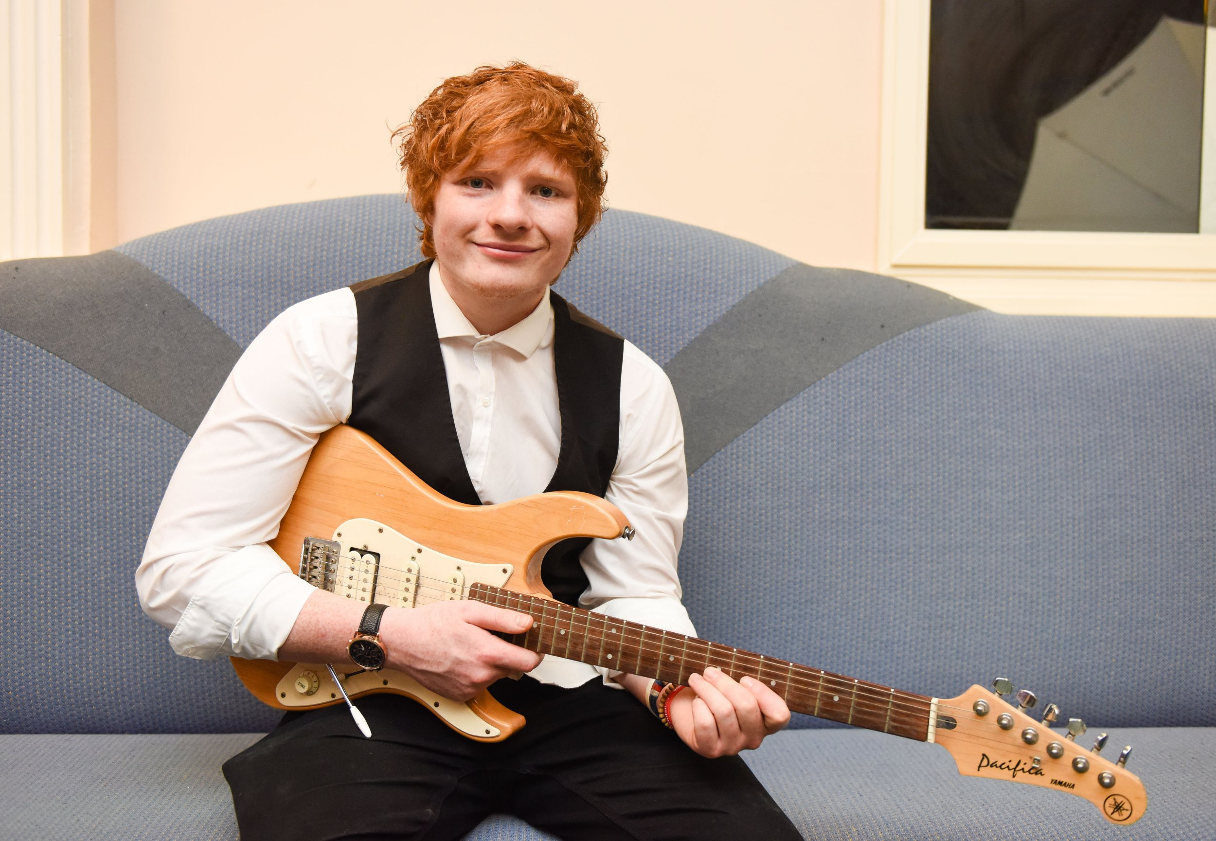 PIC BY IAIN WATTS/MERCURY PRESS (PICTURED: ED SHEERAN LOOKALIKE TY JONES, 21) A man who looks IDENTICAL to Ed Sheeran says he struggles to get a girlfriend because he's constantly bombarded by legions of female fans - who make his partners jealous. Ty Jones, from Sale, Manchester, finds it hard to tell if women actually even like him for who he is or are just looking for the next best thing to the pop star. The 21-year-old, who is even the same height as Ed, sometimes struggles to even leave the house because people are always wanting to talk to him and know if he's the real deal. Growing up, he was always shy and hated attention, but since the rise of the pop singer has had to learn how to deal with hundreds of fans. SEE MERCURY COPY