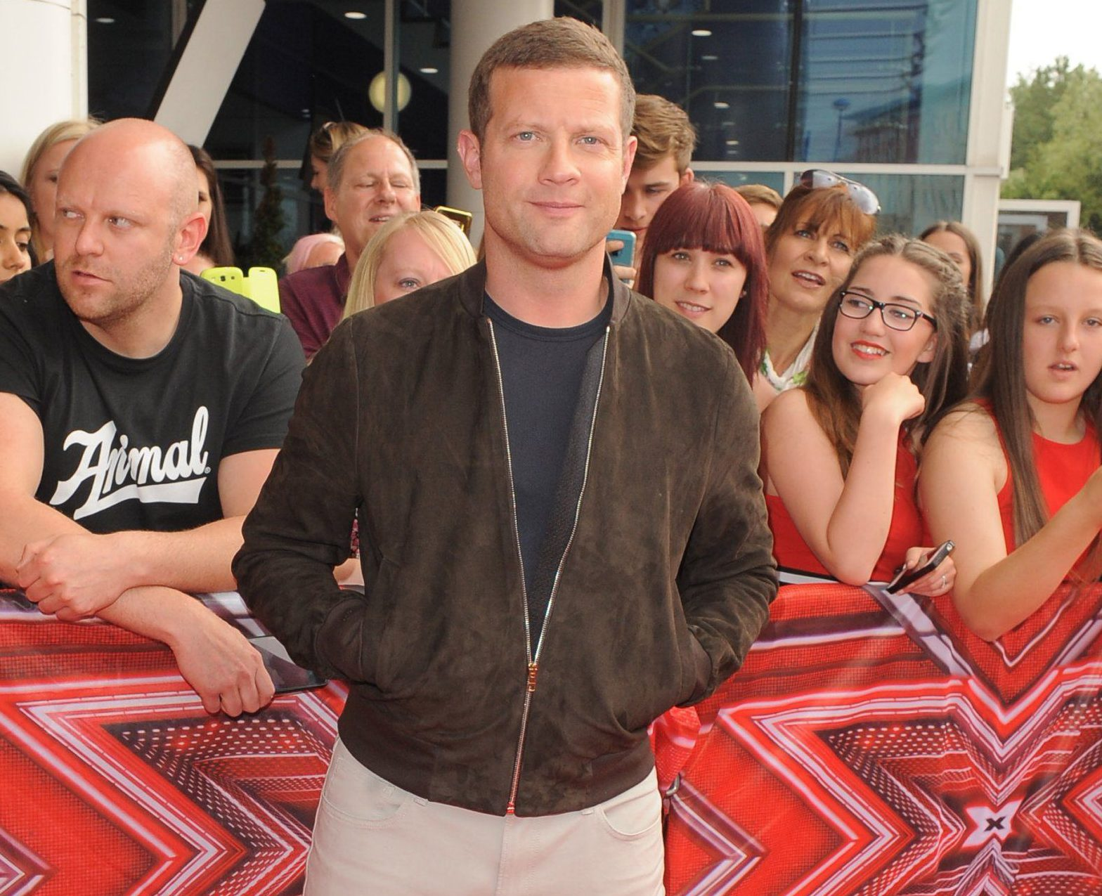 Picture Shows: Dermot O'Leary June 10, 2016 Celebrity judges, as well as host Dermot O'Leary, arrive on the red carpet to attend the auditions for 'The X Factor' held in Manchester, England. Non Exclusive WORLDWIDE RIGHTS Pictures by : FameFlynet UK © 2016 Tel : +44 (0)20 3551 5049 Email : info@fameflynet.uk.com