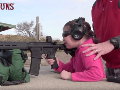 Dad teaches girl, 7, to fire an Orlando shooting-style rife
