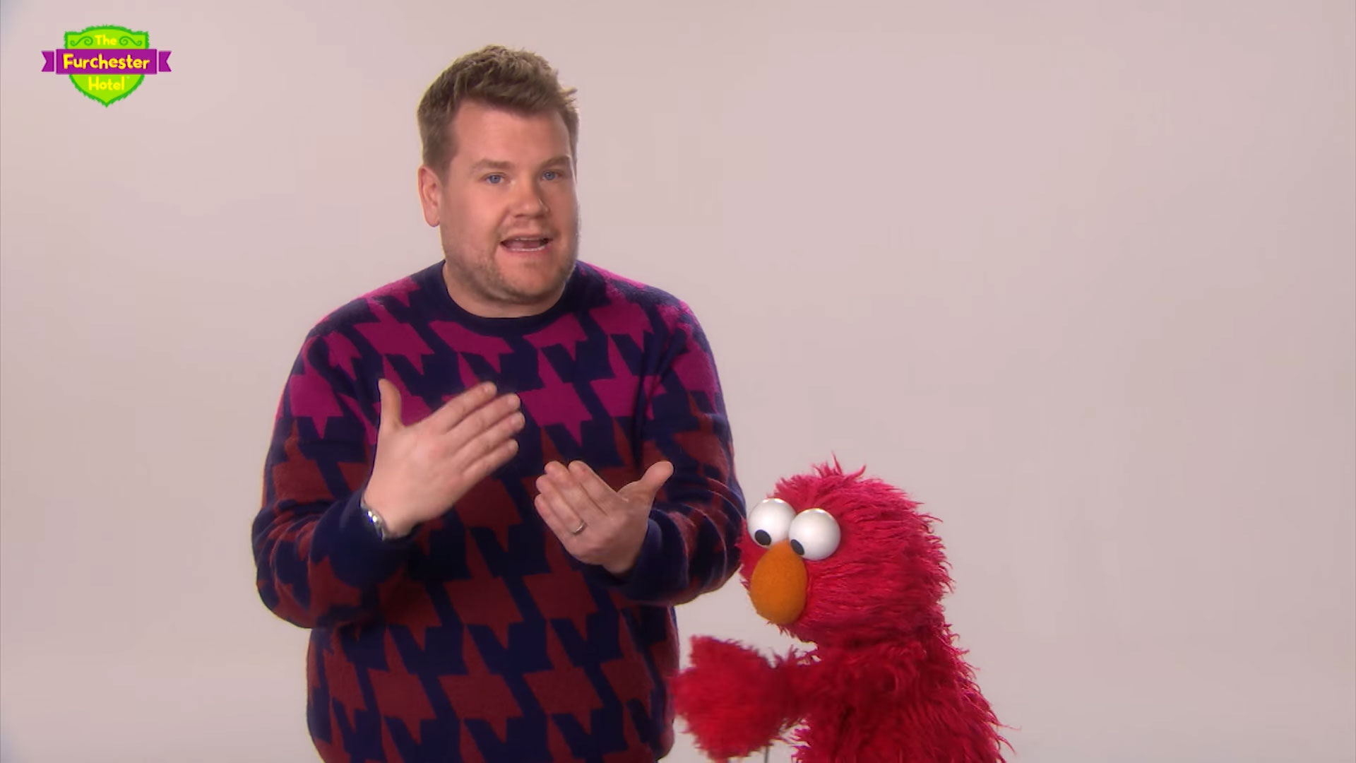 James Corden trying to explain the offside rule to Elmo is seriously cute