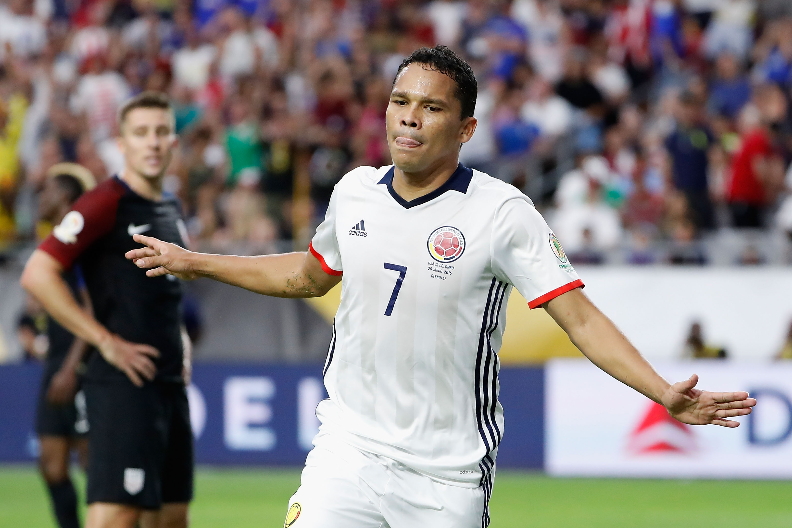 Arsenal ready to sign Carlos Bacca ahead of West Ham