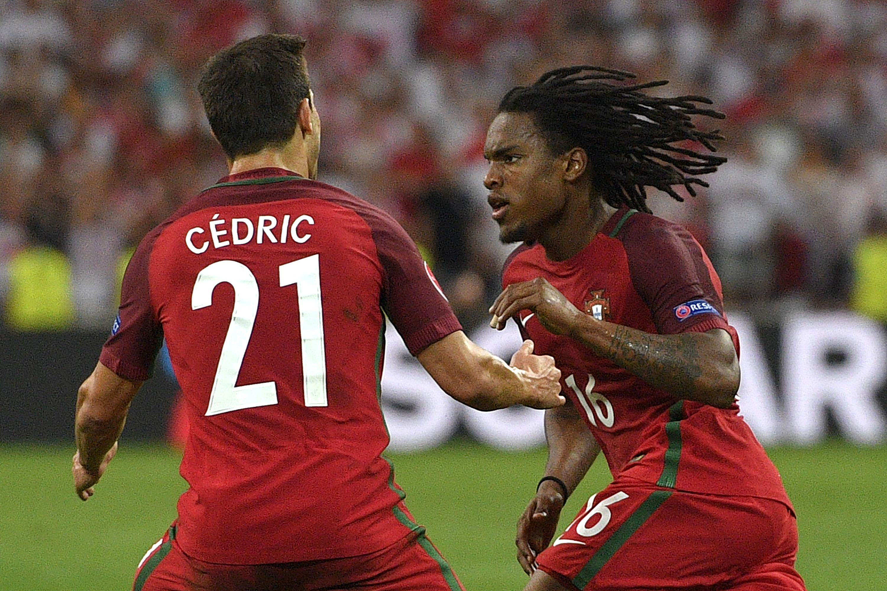 Manchester United made an error in losing out on Renato Sanches, admits Ryan Giggs