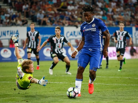Oscar explains why Michy Batshuayi is EXACTLY what Chelsea need