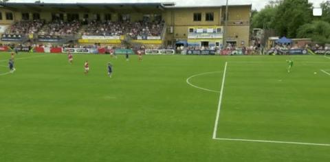 Video: Arsenal Ladies star Alex Scott scores 40-yard own goal vs Chelsea