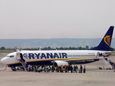 Ryanair to make passengers pay to reserve seats for under-12s