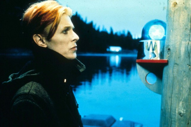 David-Bowie-Man-Who-Fell-To-Earth-Vogue-24Nov15-Rex_b