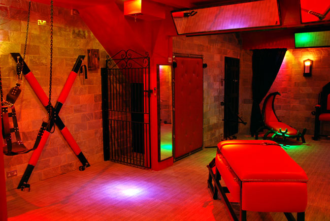 Bdsm hotels uk