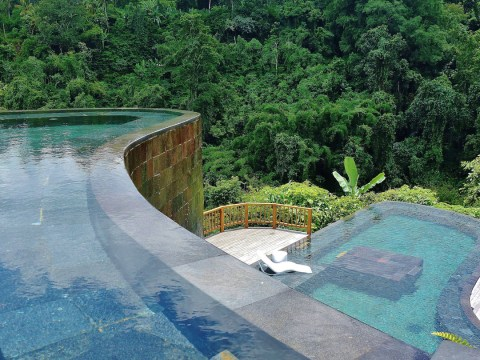 16 of the world's coolest infinity pools to put straight on your bucket list