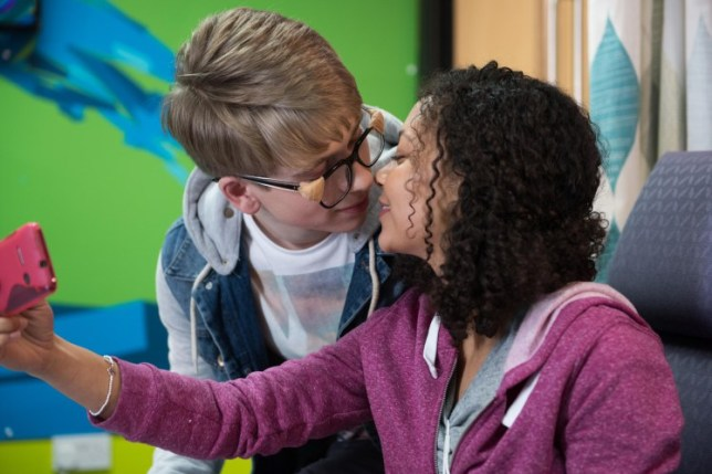 JADE AND ALFIE HAVE THEIR FIRST KISS