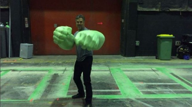 Mark Ruffalo sporting the classic Hulk hands on set of Thor: Ragnarok (Picture: Instagram)