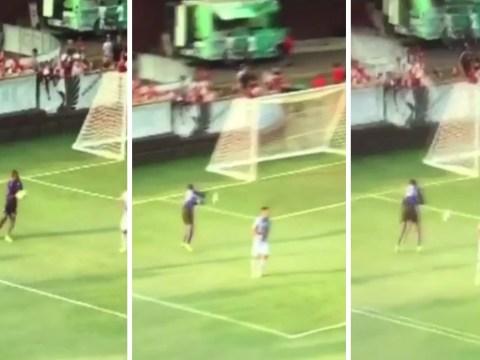 Video: Minnesota goalkeeper scores utterly ridiculous own goal vs Bournemouth