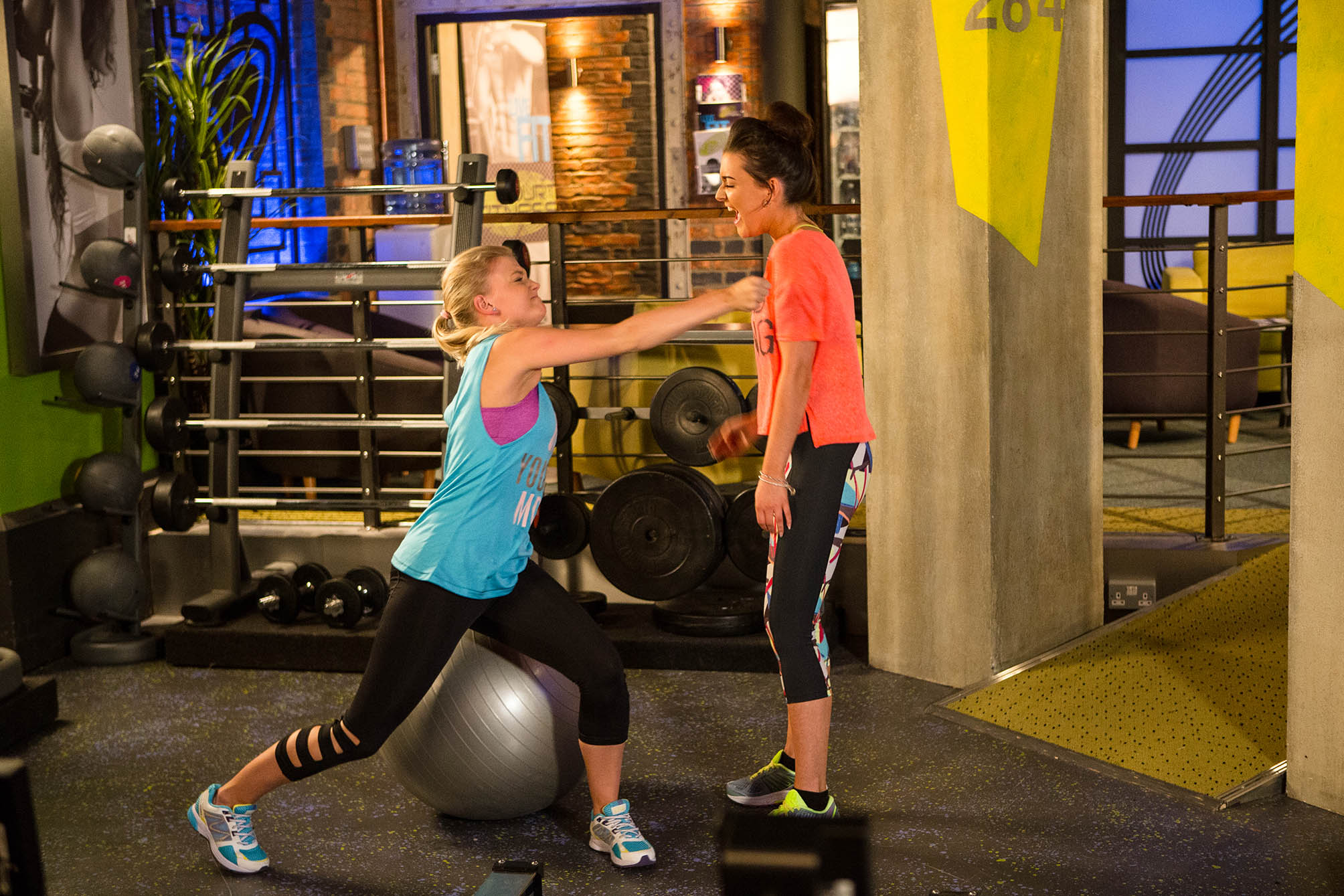 FROM ITV STRICT EMBARGO - NO USE BEFORE TUESDAY 16 AUGUST 2016 Coronation Street - Ep 8977 Friday 26th August 2016 - 2nd Ep Lauren [SHANNON FLYNN] tracks Bethany Platt [LUCY FALLON] down to the gym and makes cruel jibes about her weight. Gary Windass [MIKEY NORTH] watches as Lauren continues to taunt Bethany. Bethany finally snaps and punches Lauren. Bethany begs Gary not to tell Sarah about the bullying. Gary agrees on condition they report Lauren to the school. Picture contact: david.crook@itv.com on 0161 952 6214 Photographer: Mark Bruce This photograph is (C) ITV Plc and can only be reproduced for editorial purposes directly in connection with the programme or event mentioned above, or ITV plc. Once made available by ITV plc Picture Desk, this photograph can be reproduced once only up until the transmission [TX] date and no reproduction fee will be charged. Any subsequent usage may incur a fee. This photograph must not be manipulated [excluding basic cropping] in a manner which alters the visual appearance of the person photographed deemed detrimental or inappropriate by ITV plc Picture Desk. This photograph must not be syndicated to any other company, publication or website, or permanently archived, without the express written permission of ITV Plc Picture Desk. Full Terms and conditions are available on the website www.itvpictures.com