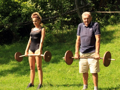 This woman became a fitness model thanks to intense weekly workouts with her 80-year-old granddad