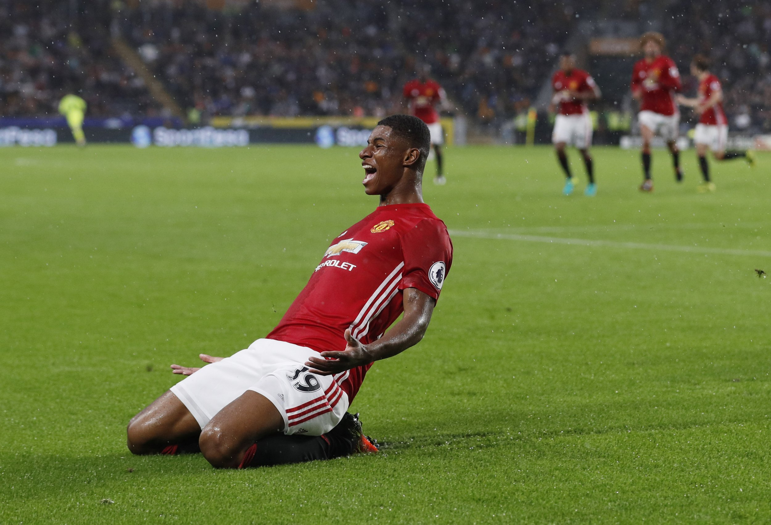 Hull 0-1 Manchester United: Juan Mata flops as Marcus Rashford scores late winner