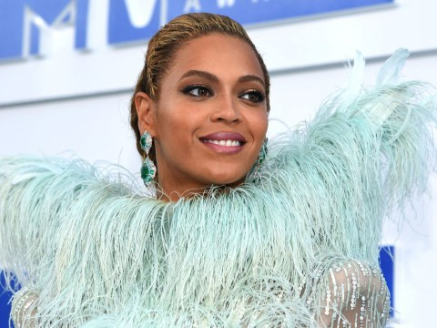 Beyonce wore WINGS to the MTV VMAs and therefore proved that she's a goddess