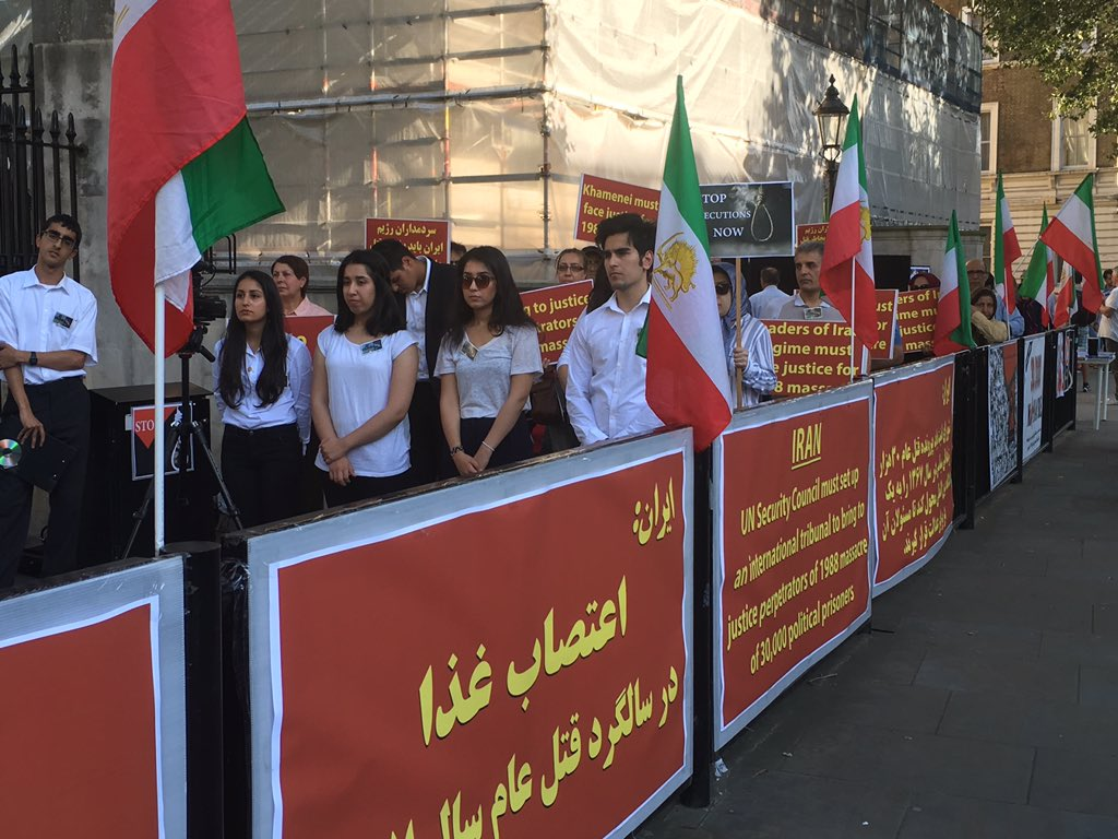 Hunger strike held outside Downing Street to condemn mass execution in Iran