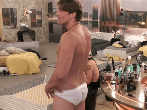 Celebrity Big Brother 2016: Lewis Bloor got his balls out and people couldn't deal