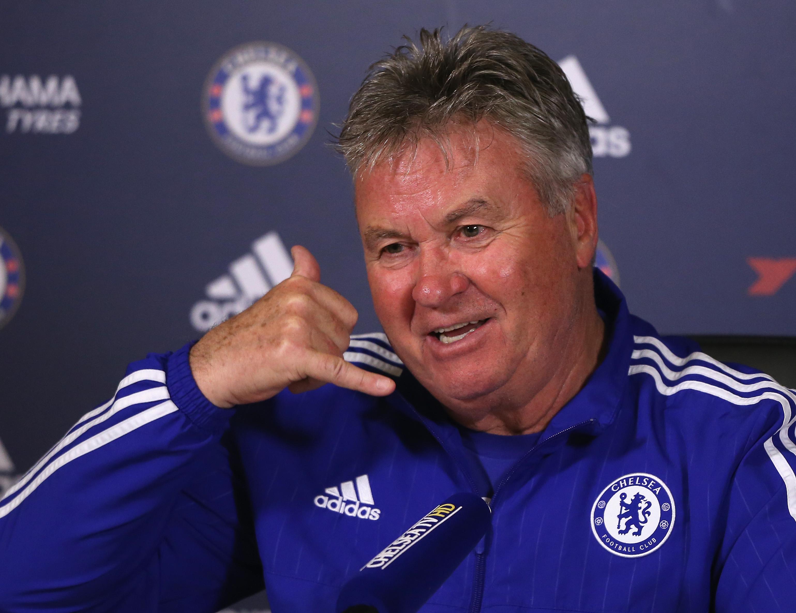 Guus Hiddink open to replacing Claudio Ranieri at Leicester City