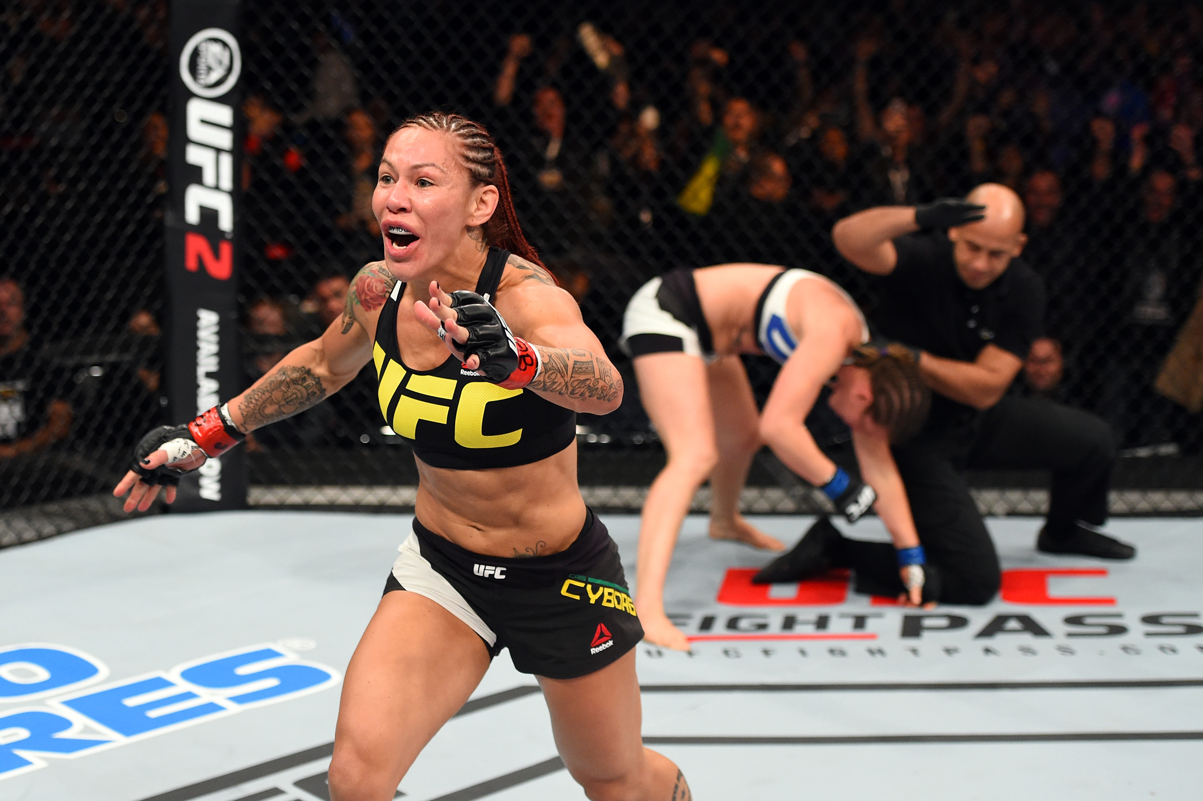 Cris Cyborg will fight for featherweight title at UFC 214 after Germaine de Randamie stripped