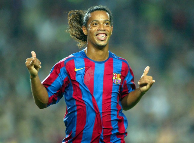 Barcelona re-sign 36-year-old Brazil legend Ronaldinho