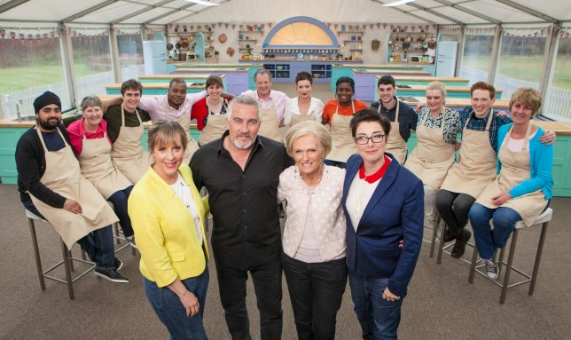 Television Programme: The Great British Bake Off 2016 with Mel Giedroyc, Paul Hollywood, Mary Berry and Sue Perkins. WARNING: Embargoed for publication until 00:00:01 on 16/08/2016 - Programme Name: The Great British Bake Off 2016 - TX: n/a - Episode: n/a (No. n/a) - Picture Shows: **NOT FOR PUBLICATION BEFORE 00:01 HOURS TUESDAY 16TH AUGUST 2016** All the bakers with Mel Giedroyc, Paul Hollywood, Mary Berry and Sue Perkins Bakers left to right: Rav, Val, Tom, Selasi, Kate, Lee, Candice, Benjamina, Michael, Louise, Andrew & Jane - (C) Love Productions - Photographer: Mark Bourdillon