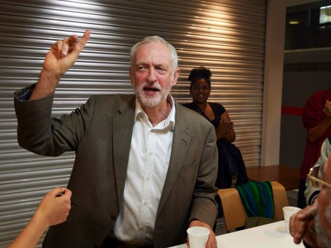 Jeremy Corbyn tells Labour to unite behind him as leadership vote looms