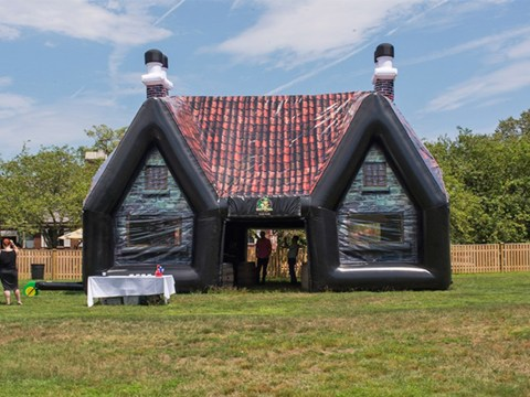 Hold our pint and pass us the phone – this company lets you rent an inflatable pub