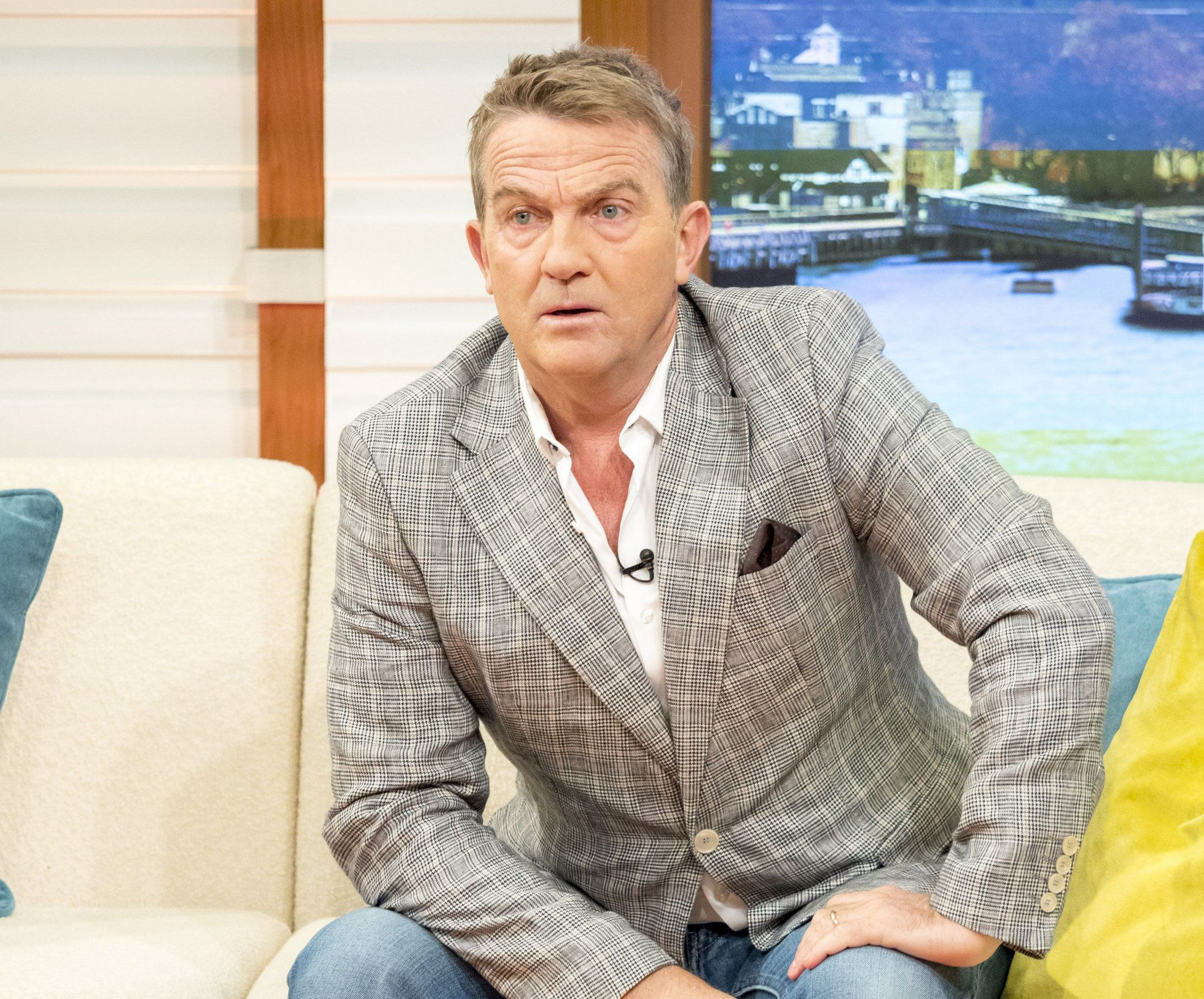 Bradley Walsh caused chaos on Good Morning Britain after exposing the fake studio window