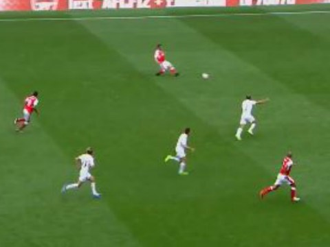 Arsenal legends show they've still got it with brilliant move against AC Milan legends