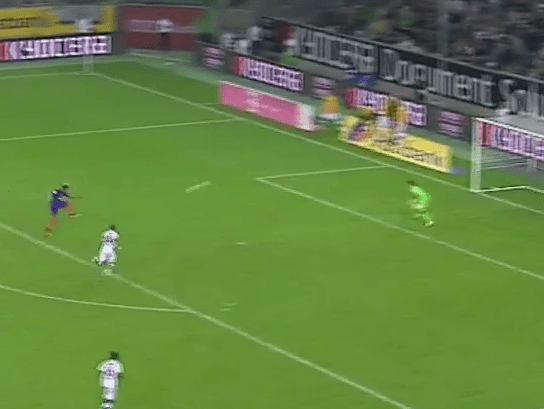 Video: Arsenal reject Serge Gnabry scores sublime volley for Werder Bremen