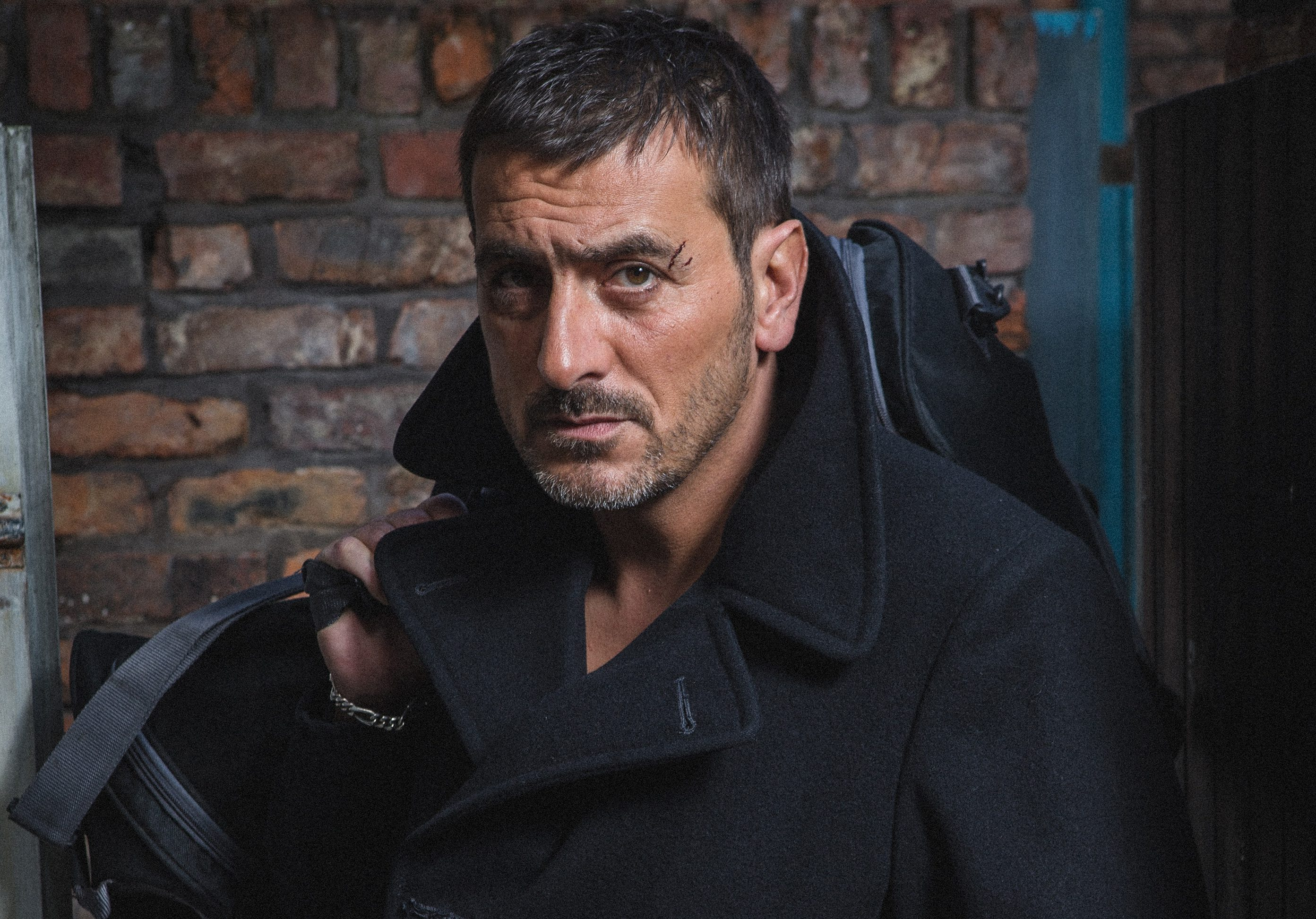 FROM ITV STRICT EMBARGO - NO USE BEFORE TUESDAY 11 OCTOBER 2016                                 Coronation Street - Week 42 Monday 17 October - Friday 21 October 2016  Peter Barlow a manner which alters the visual appearance of the person photographed deemed detrimental or inappropriate by ITV plc Picture Desk. This photograph must not be syndicated to any other company, publication or website, or permanently archived, without the express written permission of ITV Plc Picture Desk. Full Terms and conditions are available on the website www.itvpictures.com