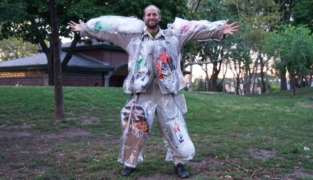 This man has pledged to wear all the rubbish he produces for one month Picture: Facebook LINK: https://www.facebook.com/RobGreenfield/photos/?tab=album&album_id=278209438972808 LINK: https://www.youtube.com/RobGreenfield