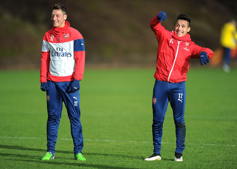 David Seaman urges Arsenal to secure Mesut Ozil and Alexis Sanchez contract deals