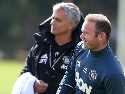 Manchester United midfielder Ander Herrera says criticism of Jose Mourinho and Wayne Rooney is 'inevitable'