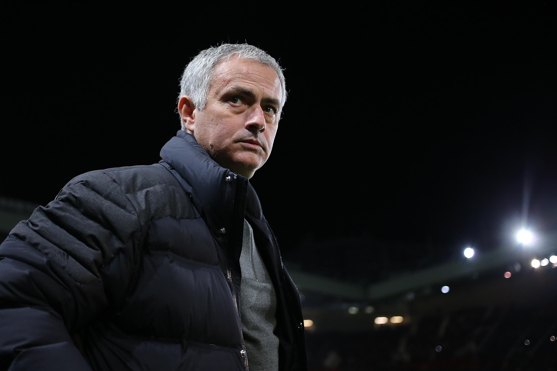 Wayne Rooney and Henrikh Mkhitaryan 'not travelling with Man United squad' for Chelsea clash