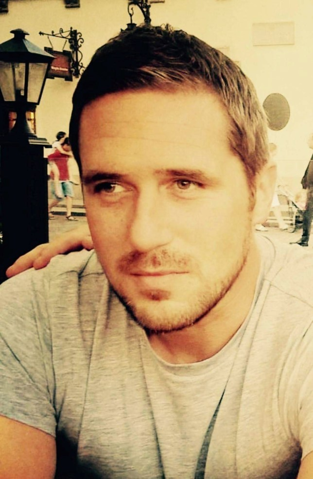 """Max Spiers. A man who went to school with Orlando Bloom texted his mum to say 'If anything happens to me, investigate' just days before his mysterious death. See NATIONAL story NNDEAD. Max Spiers, 39 was found dead on a sofa in Poland, where he had gone to give a talk about conspiracy theories and UFOs. He was ruled to have died from natural causes despite no post-mortem examination being carried out on his body. But his dark investigations into UFOs and government cover-ups may have made him enemies who wanted him dead, says mother Vanessa Bates, 63. In a chilling text message to his mum just days before his death, Max wrote: """"Your boy's in trouble. If anything happens to me, investigate."""""""
