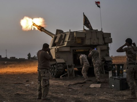 Isis 'using human shields' in Mosul battle