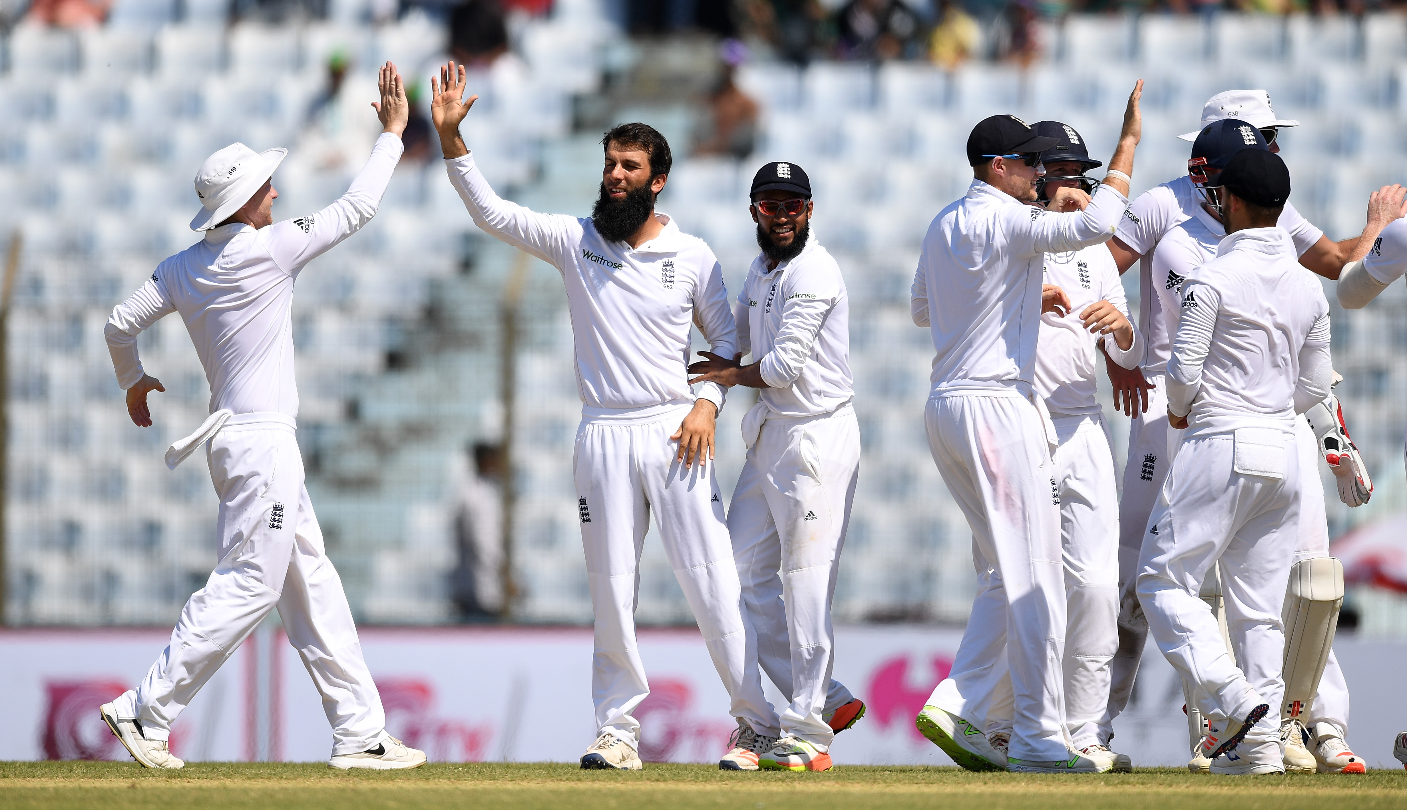Bangladesh v England Day Two Debrief: England spinners Moeen Ali and Adil Rashid fail to make full use of surface