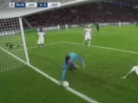 Tottenham Hotpur ace Hugo Lloris pulls off stunning goal line save against Bayer Leverkusen