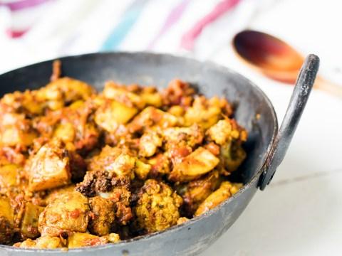 Vegan recipe video: Potato and cauliflower curry