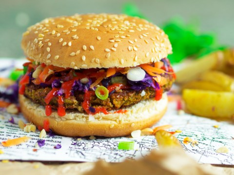 Vegan recipe video: Asian edamame burgers