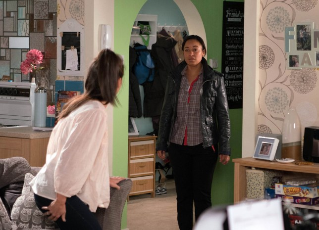 FROM ITV STRICT EMBARGO Tuesday 22 November 2016 Coronation Street - Ep 9047 Friday 2 December 2016 When Kate Connor in a manner which alters the visual appearance of the person photographed deemed detrimental or inappropriate by ITV plc Picture Desk. This photograph must not be syndicated to any other company, publication or website, or permanently archived, without the express written permission of ITV Plc Picture Desk. Full Terms and conditions are available on the website www.itvpictures.com